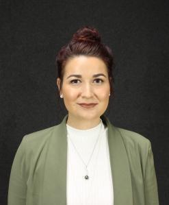 Ayesha Lutschini